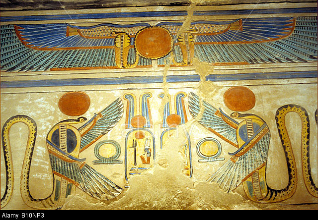 the-uraeus-and-winged-serpents-guarding-the-entrance-to-the-burial-B10NP3.jpg